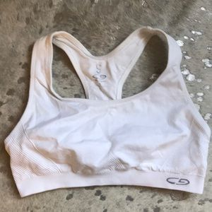 Champion sports bra in excellent condition.
